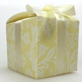 Boite decoration pas cher pour cadeaux invites