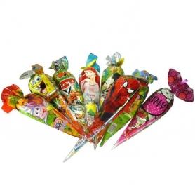 Cornet bonbons cadeaux invites enfants details