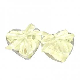 Idee cadeau petale de savons parfumes beige  Cadeau Cadeaux