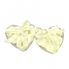 Idee cadeau petale de savons parfumes beige