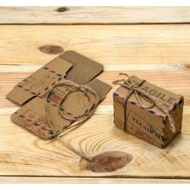 Boîte aux lettres avec cordon rustique